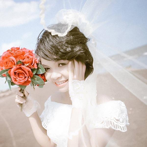 Cô dâu tóc ngắn dễ thương đáng yêu nhận hạnh phúc ngọt ngào bên chú rể điểm trai (15) tại Cưới hỏi trọn gói 365