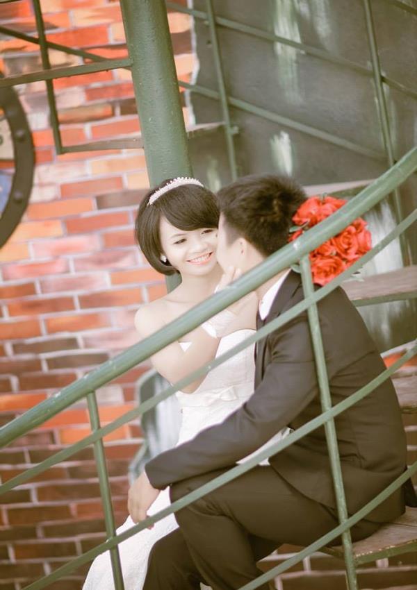 Cô dâu tóc ngắn dễ thương đáng yêu nhận hạnh phúc ngọt ngào bên chú rể điểm trai (19) tại Cưới hỏi trọn gói 365