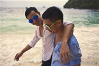 Ảnh cưới lãng mạn của NTK Adrian Anh Tuấn :