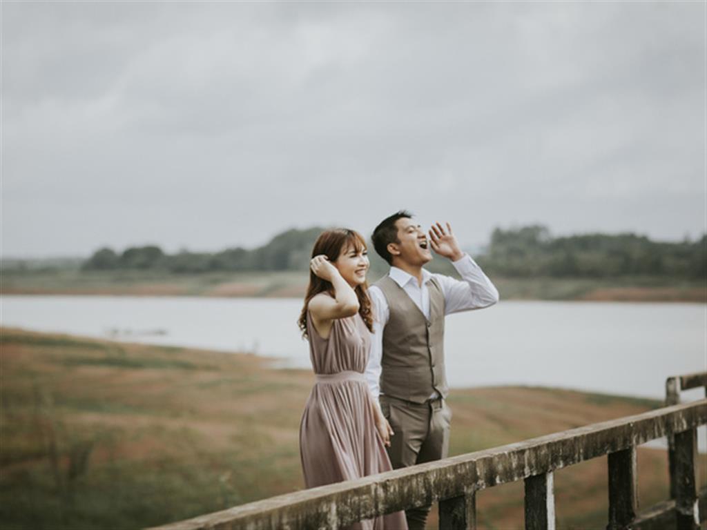 Hình ảnh đẹp Ảnh cưới ở nhà máy thủy điện