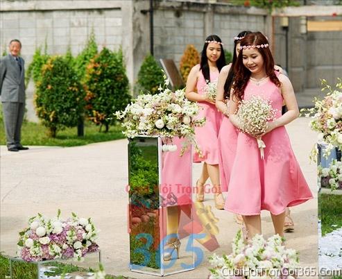 Cho thuê áo dài bưng quả, đồng phục phụ dâu tông màu hồng cho ngày lễ ăn hỏi, đám cưới DP05 : Mẫu cưới hỏi trọn gói 365 của công ty dịch vụ trang trí nhà tiệc cưới hỏi đẹp rẻ uy tín ở tại quận Tân Phú Sài Gòn TPHCM Gò Vấp