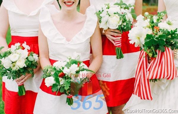 Cho thuê áo dài bưng quả, đồng phục phụ dâu tông màu trắng đỏ cho ngày lễ ăn hỏi, đám cưới DP07 : Mẫu cưới hỏi trọn gói 365 của công ty dịch vụ trang trí nhà tiệc cưới hỏi đẹp rẻ uy tín ở tại quận Tân Phú Sài Gòn TPHCM Gò Vấp