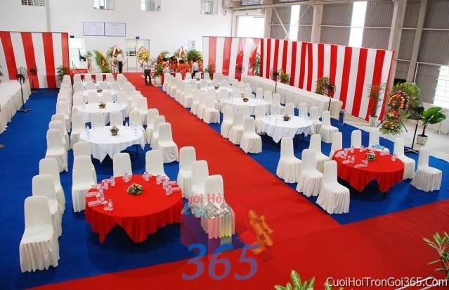 Cho thuê bàn ghế dựa cao cấp màu trắng đỏ trang trí lễ cưới, đãi tiệc cưới ăn hỏi BG07 : Mẫu cưới hỏi trọn gói 365 của công ty dịch vụ trang trí nhà tiệc cưới hỏi đẹp rẻ uy tín ở tại quận Tân Phú Sài Gòn TPHCM Gò Vấp