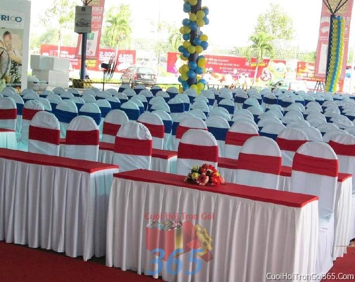 Cho thuê bàn ghế dựa cao cấp màu trắng đỏ trang trí lễ cưới, đãi tiệc cưới ăn hỏi BG10 : Mẫu cưới hỏi trọn gói 365 của công ty dịch vụ trang trí nhà tiệc cưới hỏi đẹp rẻ uy tín ở tại quận Tân Phú Sài Gòn TPHCM Gò Vấp