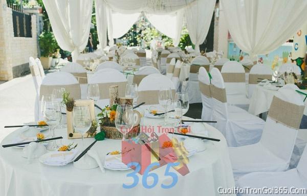Cho thuê bàn ghế dựa cao cấp màu trắng kem trang trí lễ cưới, đãi tiệc cưới ăn hỏi BG04 : Mẫu cưới hỏi trọn gói 365 của công ty dịch vụ trang trí nhà tiệc cưới hỏi đẹp rẻ uy tín ở tại quận Tân Phú Sài Gòn TPHCM Gò Vấp