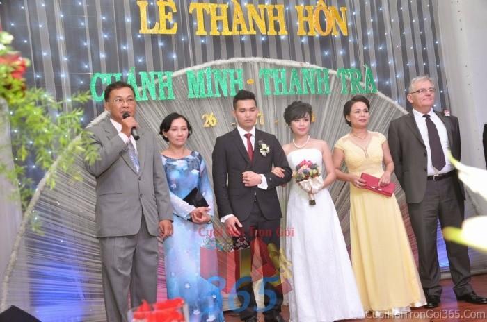 Cho thuê nhân sự làm người đại diện hai họ trai gái trong đám hỏi, lễ NDD07 : Mẫu cưới hỏi trọn gói 365 của công ty dịch vụ trang trí nhà tiệc cưới hỏi đẹp rẻ uy tín ở tại quận Tân Phú Sài Gòn TPHCM Gò Vấp