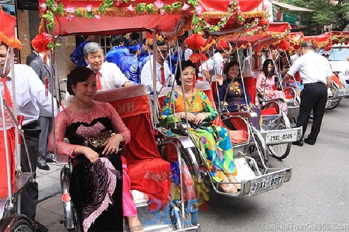 Cho thuê xe cưới độc lạ - xe xính lô để đón rước dâu ngày đám X4C45 : Mẫu cưới hỏi trọn gói 365 của công ty dịch vụ trang trí nhà tiệc cưới hỏi đẹp rẻ uy tín ở tại quận Tân Phú Sài Gòn TPHCM Gò Vấp