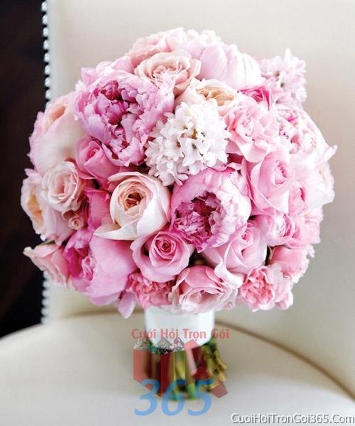 Hoa cầm tay cô dâu tông màu hồng kết đẹp, dễ thương cho ngày lễ ăn hỏi, tiệc đám cưới HC16 : Mẫu cưới hỏi trọn gói 365 của công ty dịch vụ trang trí nhà tiệc cưới hỏi đẹp rẻ uy tín ở tại quận Tân Phú Sài Gòn TPHCM Gò Vấp