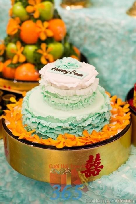 Mâm quả cưới hỏi bánh kem hoa lan cho nghi lễ gia tiên ăn hỏi, đám MQ10 : Mẫu cưới hỏi trọn gói 365 của công ty dịch vụ trang trí nhà tiệc cưới hỏi đẹp rẻ uy tín ở tại quận Tân Phú Sài Gòn TPHCM Gò Vấp