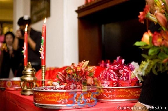 Mâm quả cưới hỏi trọn gói làm nghi lễ đính hôn, đám cưới rước dâu MQ04 : Mẫu cưới hỏi trọn gói 365 của công ty dịch vụ trang trí nhà tiệc cưới hỏi đẹp rẻ uy tín ở tại quận Tân Phú Sài Gòn TPHCM Gò Vấp