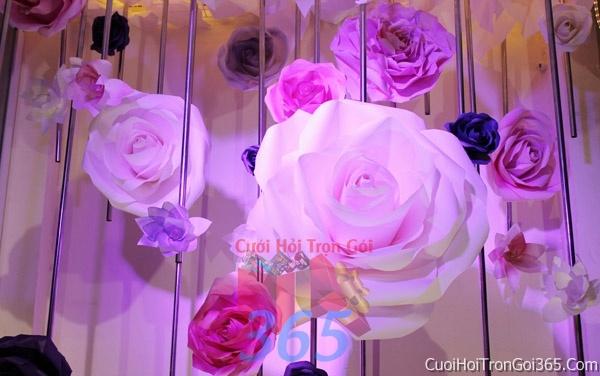 Phông cưới backdrop chụp hình đám cưới ngày lễ ăn hỏi làm bằng hoa giấy vải tông màu hồng tím hồng xinh lung linh BDNH06 : Mẫu cưới hỏi trọn gói 365 của công ty dịch vụ trang trí nhà tiệc cưới hỏi đẹp rẻ uy tín ở tại quận Tân Phú Sài Gòn TPHCM Gò Vấp