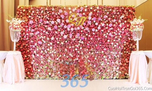 Phông cưới backdrop chụp hình đám cưới ngày lễ ăn hỏi làm bằng hoa giấy vải tông trắng hồng BDNH17 : Mẫu cưới hỏi trọn gói 365 của công ty dịch vụ trang trí nhà tiệc cưới hỏi đẹp rẻ uy tín ở tại quận Tân Phú Sài Gòn TPHCM Gò Vấp