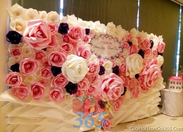 Phông cưới backdrop chụp hình đám cưới ngày lễ ăn hỏi làm bằng hoa giấy vải tông trắng hồng tím BDNH19 : Mẫu cưới hỏi trọn gói 365 của công ty dịch vụ trang trí nhà tiệc cưới hỏi đẹp rẻ uy tín ở tại quận Tân Phú Sài Gòn TPHCM Gò Vấp