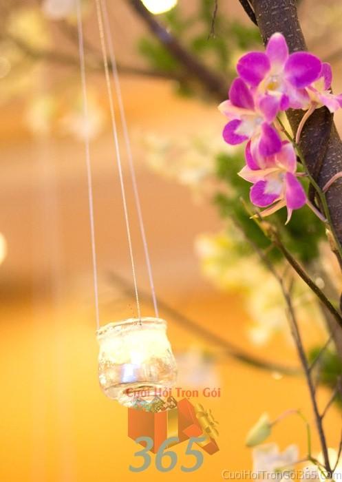 Phụ kiện đám cưới ly nến nhỏ xinh lung linh dùng để trang trí bàn ký tên đón khách, không gian tiệc cưới nhà PKC57 : Mẫu cưới hỏi trọn gói 365 của công ty dịch vụ trang trí nhà tiệc cưới hỏi đẹp rẻ uy tín ở tại quận Tân Phú Sài Gòn TPHCM Gò Vấp