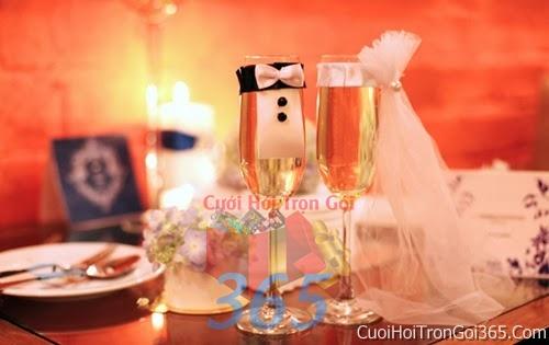 Phụ kiện trang trí đám cưới, không gian tiệc nhà hàng sang trọng ấn tượng PKC29 : Mẫu cưới hỏi trọn gói 365 của công ty dịch vụ trang trí nhà tiệc cưới hỏi đẹp rẻ uy tín ở tại quận Tân Phú Sài Gòn TPHCM Gò Vấp