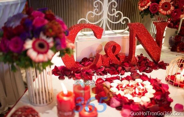 Phụ kiện trang trí đám cưới, không gian tiệc nhà hàng sang trọng ấn tượng PKC30 : Mẫu cưới hỏi trọn gói 365 của công ty dịch vụ trang trí nhà tiệc cưới hỏi đẹp rẻ uy tín ở tại quận Tân Phú Sài Gòn TPHCM Gò Vấp