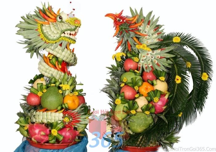 Rồng phụng trái cây tươi ngon, sóng động để trang trí bàn thờ gia tiên ngày lễ ăn hỏi, đám RPTC03 : Mẫu cưới hỏi trọn gói 365 của công ty dịch vụ trang trí nhà tiệc cưới hỏi đẹp rẻ uy tín ở tại quận Tân Phú Sài Gòn TPHCM Gò Vấp