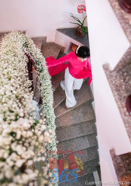 Trang trí chi tiết nhà cầu thang kết hoa pi baby trong ngày cưới, lễ đính hôn, ăn hỏi gia tiên CTN05 : Mẫu cưới hỏi trọn gói 365 của công ty dịch vụ trang trí nhà tiệc cưới hỏi đẹp rẻ uy tín ở tại quận Tân Phú Sài Gòn TPHCM Gò Vấp