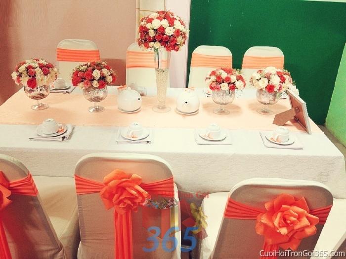 Trang trí nhà cưới hỏi tông màu cam cho ngày lễ đính hôn, ăn hỏi gia tiên, đám cưới TTNCH02 : Mẫu cưới hỏi trọn gói 365 của công ty dịch vụ trang trí nhà tiệc cưới hỏi đẹp rẻ uy tín ở tại quận Tân Phú Sài Gòn TPHCM Gò Vấp