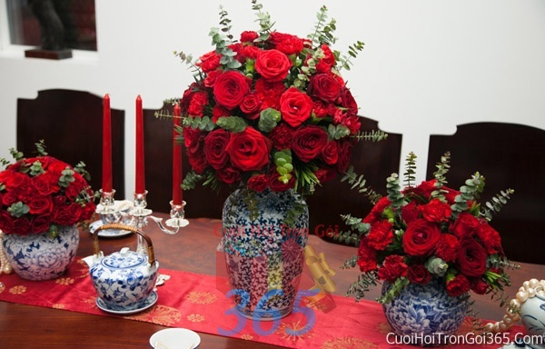 Trang trí nhà cưới hỏi tông màu đỏ song hỷ cho ngày lễ đính hôn, ăn hỏi gia tiên, đám cưới TTNCH41 : Mẫu cưới hỏi trọn gói 365 của công ty dịch vụ trang trí nhà tiệc cưới hỏi đẹp rẻ uy tín ở tại quận Tân Phú Sài Gòn TPHCM Gò Vấp