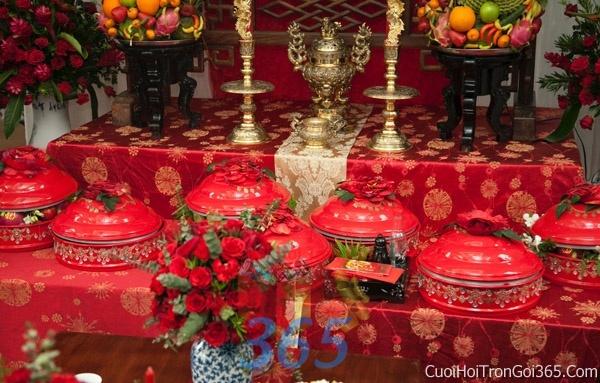 Trang trí nhà cưới hỏi tông màu đỏ song hỷ cho ngày lễ đính hôn, ăn hỏi gia tiên, đám cưới TTNCH44 : Mẫu cưới hỏi trọn gói 365 của công ty dịch vụ trang trí nhà tiệc cưới hỏi đẹp rẻ uy tín ở tại quận Tân Phú Sài Gòn TPHCM Gò Vấp