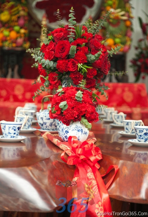 Trang trí nhà cưới hỏi tông màu đỏ song hỷ cho ngày lễ đính hôn, ăn hỏi gia tiên, đám cưới TTNCH45 : Mẫu cưới hỏi trọn gói 365 của công ty dịch vụ trang trí nhà tiệc cưới hỏi đẹp rẻ uy tín ở tại quận Tân Phú Sài Gòn TPHCM Gò Vấp