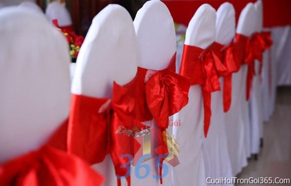Trang trí nhà cưới hỏi tông màu đỏ song hỷ cho ngày lễ đính hôn, ăn hỏi gia tiên, đám cướiTTNCH49 : Mẫu cưới hỏi trọn gói 365 của công ty dịch vụ trang trí nhà tiệc cưới hỏi đẹp rẻ uy tín ở tại quận Tân Phú Sài Gòn TPHCM Gò Vấp