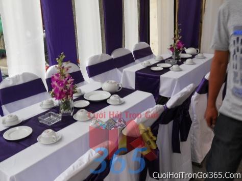 Trang trí nhà cưới hỏi tông màu tím cho ngày lễ đính hôn, ăn hỏi gia tiên, đám cưới TTNCH32 : Mẫu cưới hỏi trọn gói 365 của công ty dịch vụ trang trí nhà tiệc cưới hỏi đẹp rẻ uy tín ở tại quận Tân Phú Sài Gòn TPHCM Gò Vấp