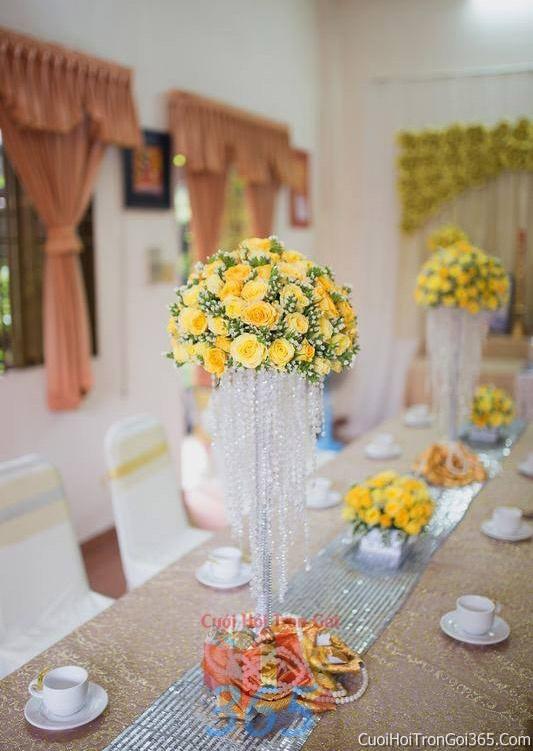 Trang trí nhà cưới hỏi tông màu vàng cho ngày lễ đính hôn, ăn hỏi gia tiên, đám cưới TTNCH33 : Mẫu cưới hỏi trọn gói 365 của công ty dịch vụ trang trí nhà tiệc cưới hỏi đẹp rẻ uy tín ở tại quận Tân Phú Sài Gòn TPHCM Gò Vấp