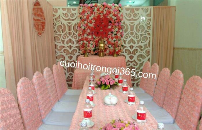 Trang trí nhà trọn gói tông màu hồng phấn : Mẫu cưới hỏi trọn gói 365 của công ty dịch vụ trang trí nhà tiệc cưới hỏi đẹp rẻ uy tín ở tại quận Tân Phú Sài Gòn TPHCM Gò Vấp