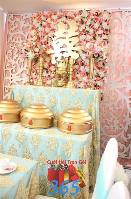 Trang trí bàn gia tiên ngày cưới tông hồng xanh ngọc : Mẫu cưới hỏi trọn gói 365 của công ty dịch vụ trang trí nhà tiệc cưới hỏi đẹp rẻ uy tín ở tại quận Tân Phú Sài Gòn TPHCM Gò Vấp