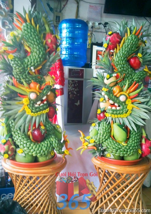 Cặp rồng phụng long phượng kết từ quả cao kiểng và trái cây sóng động như thật chưng đẹp bàn thờ gia tiên ngày lễ ăn hỏi đám  RPTC11 : Mẫu cưới hỏi trọn gói 365 của công ty dịch vụ trang trí nhà tiệc cưới hỏi đẹp rẻ uy tín ở tại quận Tân Phú Sài Gòn TPHCM Gò Vấp