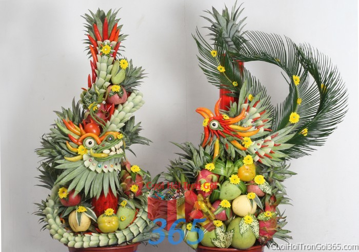 Cặp rồng phụng long phượng kết từ trái cây uốn lượn sắc sảo chưng đẹp bàn thờ gia tiên ngày lễ ăn hỏi đám  RPTC14 : Mẫu cưới hỏi trọn gói 365 của công ty dịch vụ trang trí nhà tiệc cưới hỏi đẹp rẻ uy tín ở tại quận Tân Phú Sài Gòn TPHCM Gò Vấp