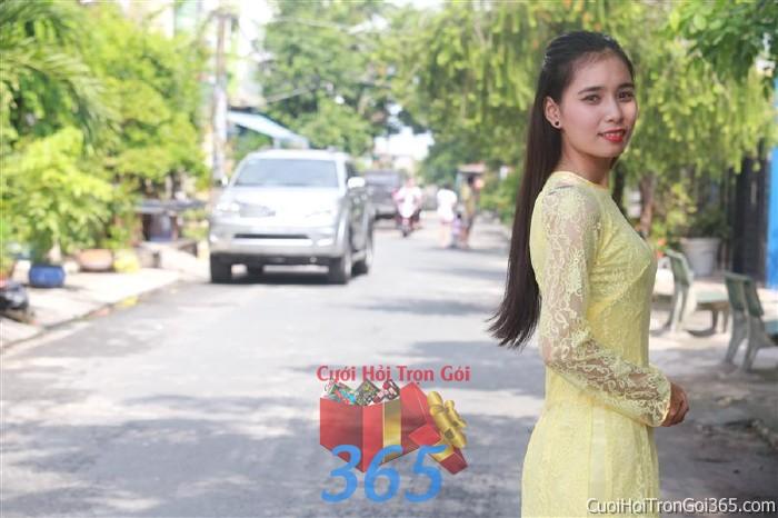 Cho thuê áo dài bưng quả, đồng phục phụ dâu tông màu vàng nhẹ nhàng cho đám cưới, ngày lễ đính DP28 : Mẫu cưới hỏi trọn gói 365 của công ty dịch vụ trang trí nhà tiệc cưới hỏi đẹp rẻ uy tín ở tại quận Tân Phú Sài Gòn TPHCM Gò Vấp