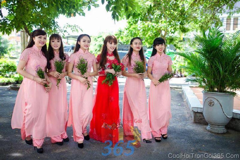 Cho thuê áo dài cưới cô dâu và đồng phục phụ dâu  DP83 : Mẫu cưới hỏi trọn gói 365 của công ty dịch vụ trang trí nhà tiệc cưới hỏi đẹp rẻ uy tín ở tại quận Tân Phú Sài Gòn TPHCM Gò Vấp