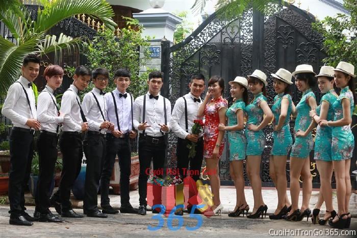 Cho thuê đội ngũ nhân viên nam nữ bưng quả với đồng phục nam đồ tây và nữ sườn xám cho ngày đám cưới, lễ ăn BQNA25 : Mẫu cưới hỏi trọn gói 365 của công ty dịch vụ trang trí nhà tiệc cưới hỏi đẹp rẻ uy tín ở tại quận Tân Phú Sài Gòn TPHCM Gò Vấp