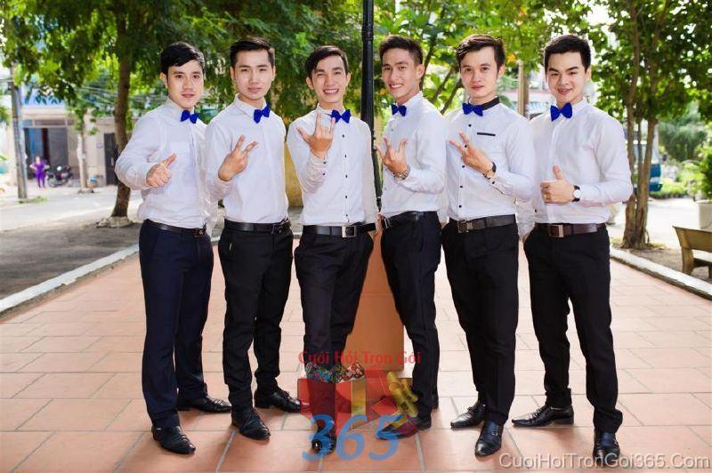 Cho thuê nhân sự bưng mâm quả nam với trang phục quần tây và sơ mi thắc nơ BQNA38 : Mẫu cưới hỏi trọn gói 365 của công ty dịch vụ trang trí nhà tiệc cưới hỏi đẹp rẻ uy tín ở tại quận Tân Phú Sài Gòn TPHCM Gò Vấp