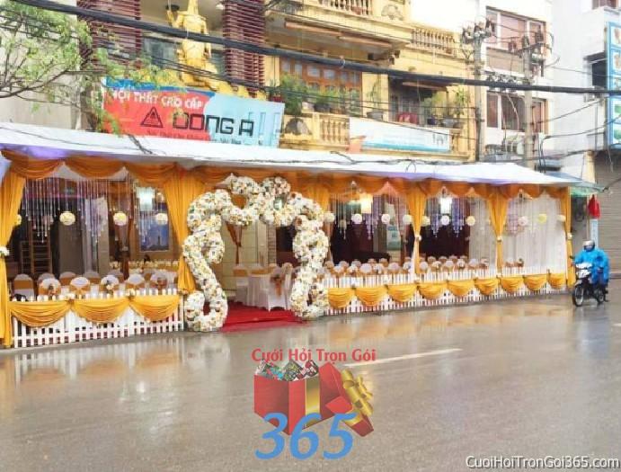 Cung cấp cho thuê rạp cưới vàng pha lê hàng rào với vải voan cao cấp hiện đại cho ngày đám cưới, lễ ăn hỏi, đính RC18 : Mẫu cưới hỏi trọn gói 365 của công ty dịch vụ trang trí nhà tiệc cưới hỏi đẹp rẻ uy tín ở tại quận Tân Phú Sài Gòn TPHCM Gò Vấp