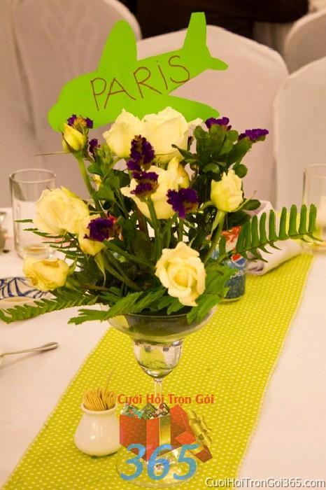 Hoa để bàn tông màu nhẹ nhàng, ngọt ngào kết từ hồng vàng và salen tím lãng mạn cho lễ tiệc ngày đám cưới HDB37 : Mẫu cưới hỏi trọn gói 365 của công ty dịch vụ trang trí nhà tiệc cưới hỏi đẹp rẻ uy tín ở tại quận Tân Phú Sài Gòn TPHCM Gò Vấp