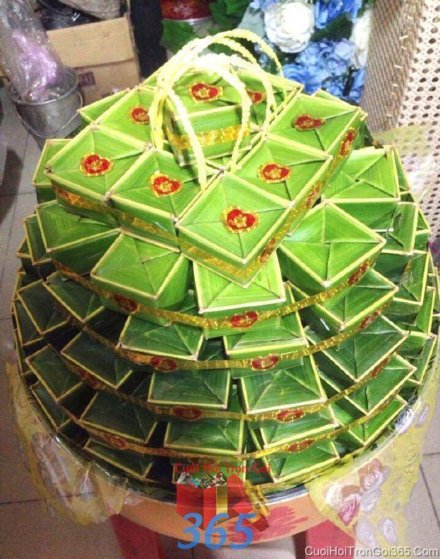 Mâm quả cưới hỏi bánh phu thê ngon xếp cao làm lễ vật đính hôn, đám  MQ35 : Mẫu cưới hỏi trọn gói 365 của công ty dịch vụ trang trí nhà tiệc cưới hỏi đẹp rẻ uy tín ở tại quận Tân Phú Sài Gòn TPHCM Gò Vấp