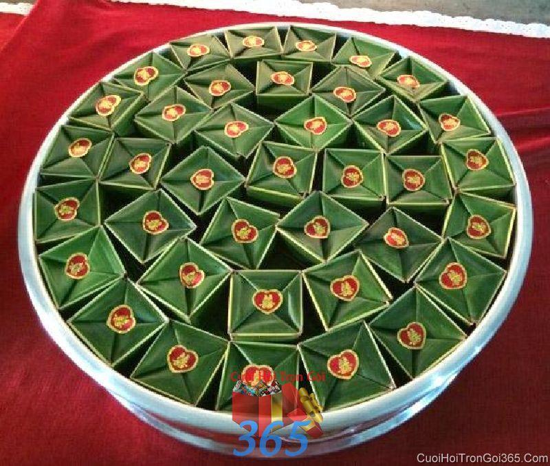 Mâm quả cưới hỏi bánh phu thê thơm ngon làm lễ vật đính hôn, đám  MQ36 : Mẫu cưới hỏi trọn gói 365 của công ty dịch vụ trang trí nhà tiệc cưới hỏi đẹp rẻ uy tín ở tại quận Tân Phú Sài Gòn TPHCM Gò Vấp