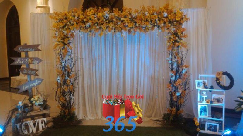 Trang trí backdrop nhà hàng tông màu  BDNH64 : Mẫu cưới hỏi trọn gói 365 của công ty dịch vụ trang trí nhà tiệc cưới hỏi đẹp rẻ uy tín ở tại quận Tân Phú Sài Gòn TPHCM Gò Vấp