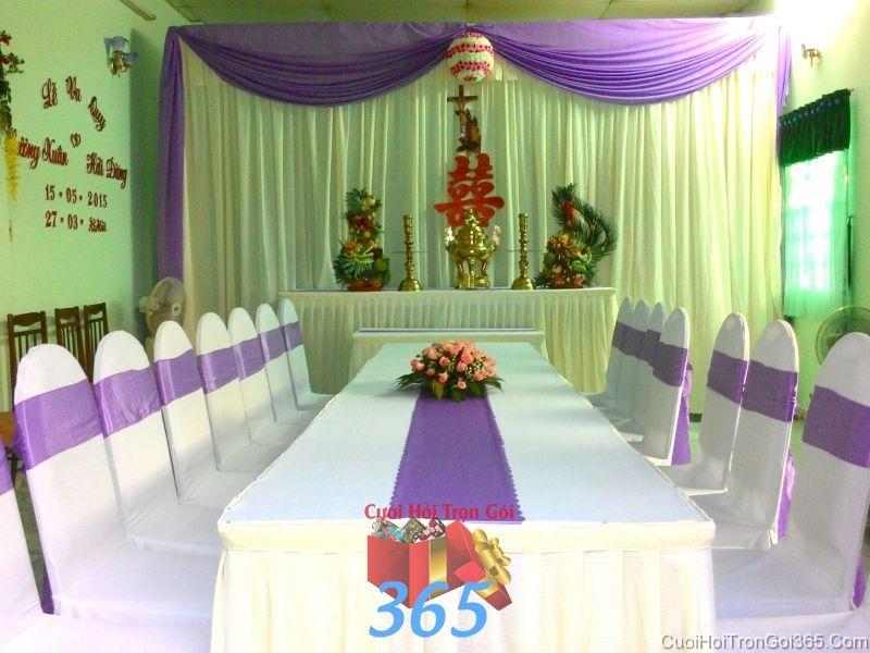 Trang trí nhà cưới hỏi tông màu tím lãng mạn, trang trọng cho ngày đám cưới TTNCH81 : Mẫu cưới hỏi trọn gói 365 của công ty dịch vụ trang trí nhà tiệc cưới hỏi đẹp rẻ uy tín ở tại quận Tân Phú Sài Gòn TPHCM Gò Vấp
