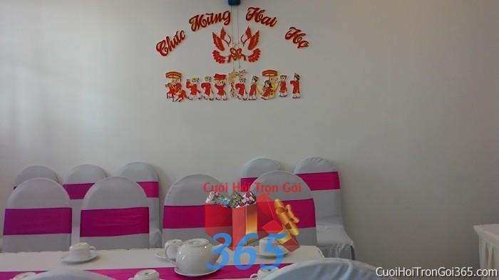 Trang trí nhà cưới hỏi tông trắng hồng với ghế dựa cao cấp kết nơ cao cấp màu hồng TTNCH65 : Mẫu cưới hỏi trọn gói 365 của công ty dịch vụ trang trí nhà tiệc cưới hỏi đẹp rẻ uy tín ở tại quận Tân Phú Sài Gòn TPHCM Gò Vấp