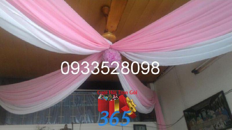 Trang trí voan trần nhà tông trắng  CTN31 : Mẫu cưới hỏi trọn gói 365 của công ty dịch vụ trang trí nhà tiệc cưới hỏi đẹp rẻ uy tín ở tại quận Tân Phú Sài Gòn TPHCM Gò Vấp