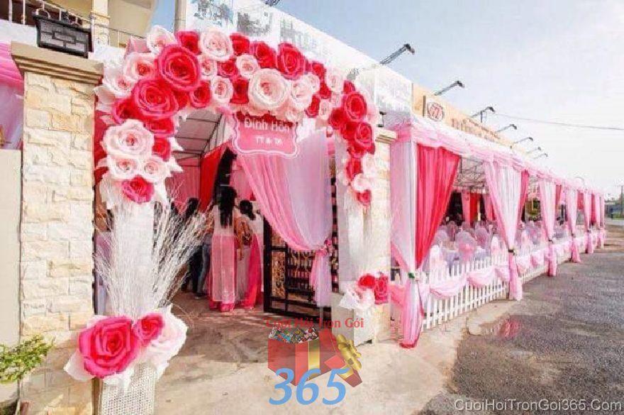 Cho thuê rạp cưới mẫu voan, hàng rào tông đỏ  RC28 : Mẫu cưới hỏi trọn gói 365 của công ty dịch vụ trang trí nhà tiệc cưới hỏi đẹp rẻ uy tín ở tại quận Tân Phú Sài Gòn TPHCM Gò Vấp