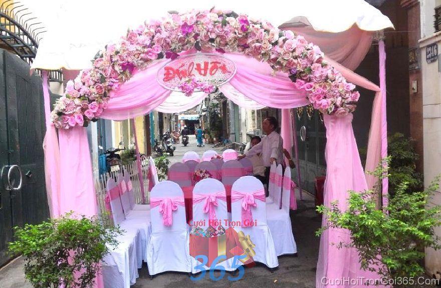 Cổng cưới hoa vải cho thuê, kết theo tông hồng phấn hình CHV23 : Mẫu cưới hỏi trọn gói 365 của công ty dịch vụ trang trí nhà tiệc cưới hỏi đẹp rẻ uy tín ở tại quận Tân Phú Sài Gòn TPHCM Gò Vấp