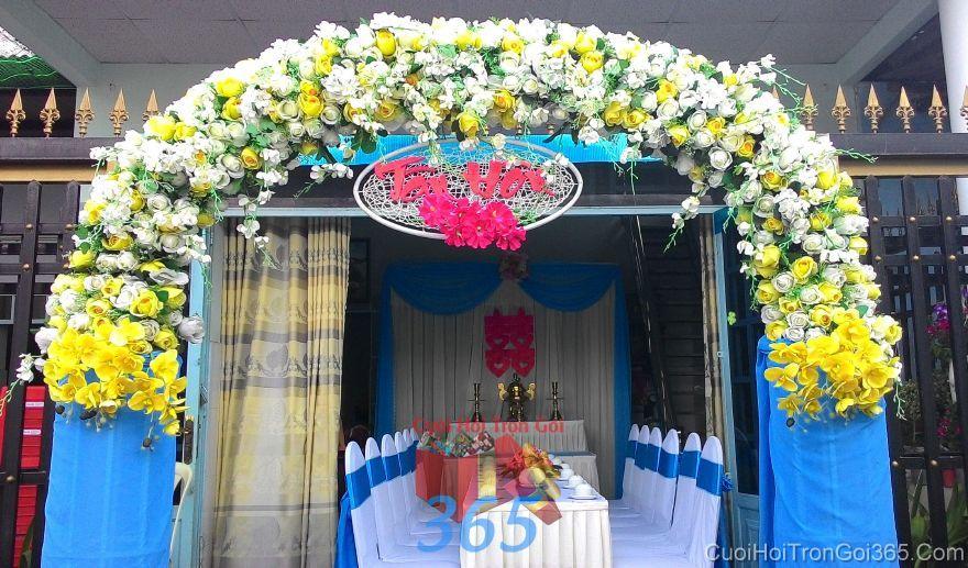 Cổng cưới hoa vải cho thuê, kết theo tông vàng xanh ngọc hình bầu rự CHV25 : Mẫu cưới hỏi trọn gói 365 của công ty dịch vụ trang trí nhà tiệc cưới hỏi đẹp rẻ uy tín ở tại quận Tân Phú Sài Gòn TPHCM Gò Vấp