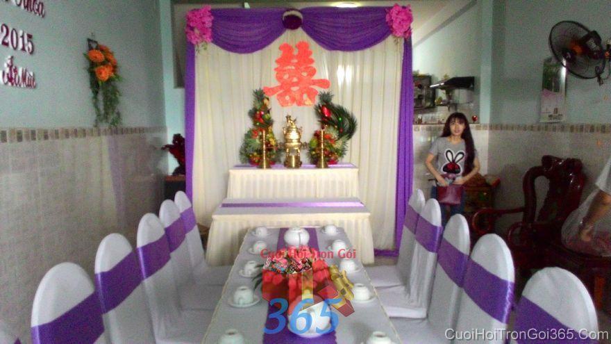 Trang trí nhà ngày đám cưới hỏi tông màu tím sen ấn t TTNCH97 : Mẫu cưới hỏi trọn gói 365 của công ty dịch vụ trang trí nhà tiệc cưới hỏi đẹp rẻ uy tín ở tại quận Tân Phú Sài Gòn TPHCM Gò Vấp