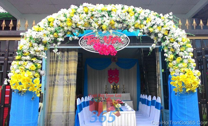 Trang trí nhà ngày đám cưới hỏi tông màu xanh ngọc với cổng TTNCH99 : Mẫu cưới hỏi trọn gói 365 của công ty dịch vụ trang trí nhà tiệc cưới hỏi đẹp rẻ uy tín ở tại quận Tân Phú Sài Gòn TPHCM Gò Vấp